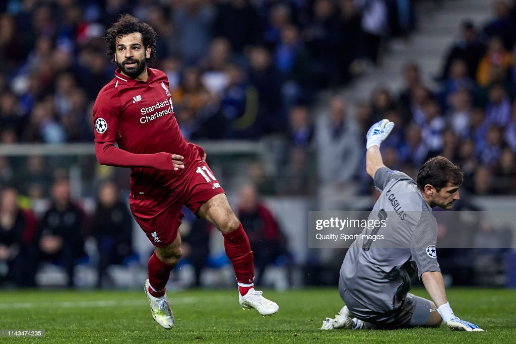 Porto v Liverpool - UEFA Champions League Quarter Final: Second Leg : News Photo