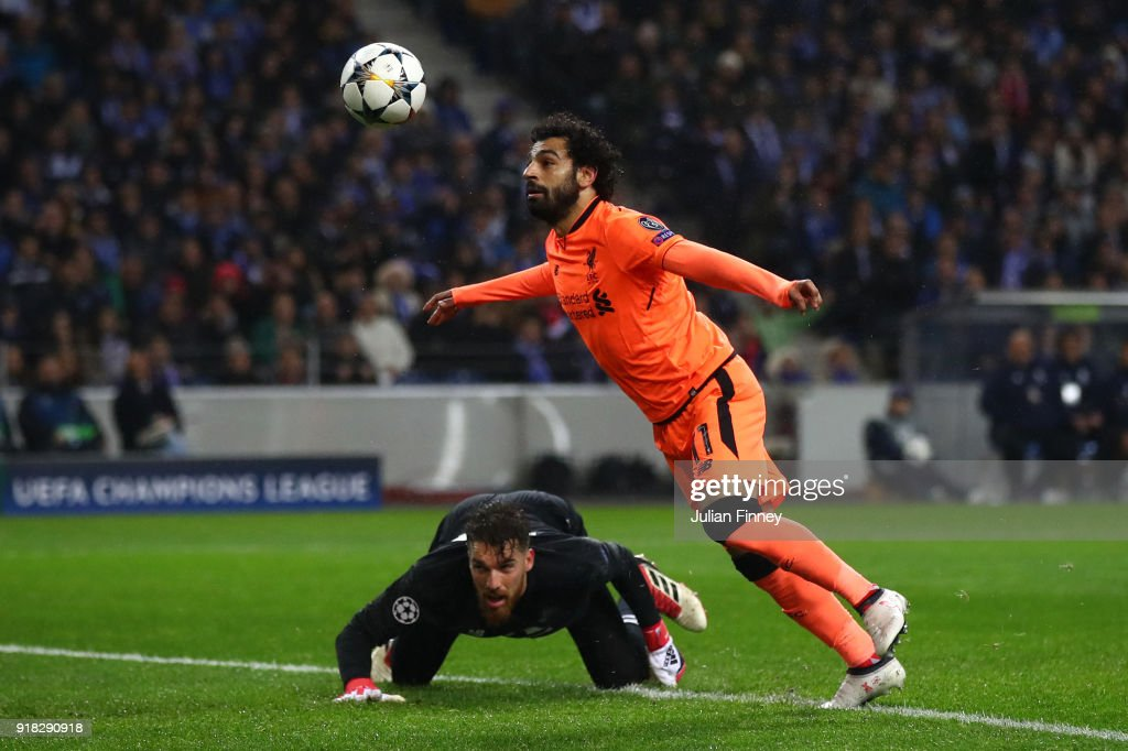 FC Porto v Liverpool - UEFA Champions League Round of 16: First Leg