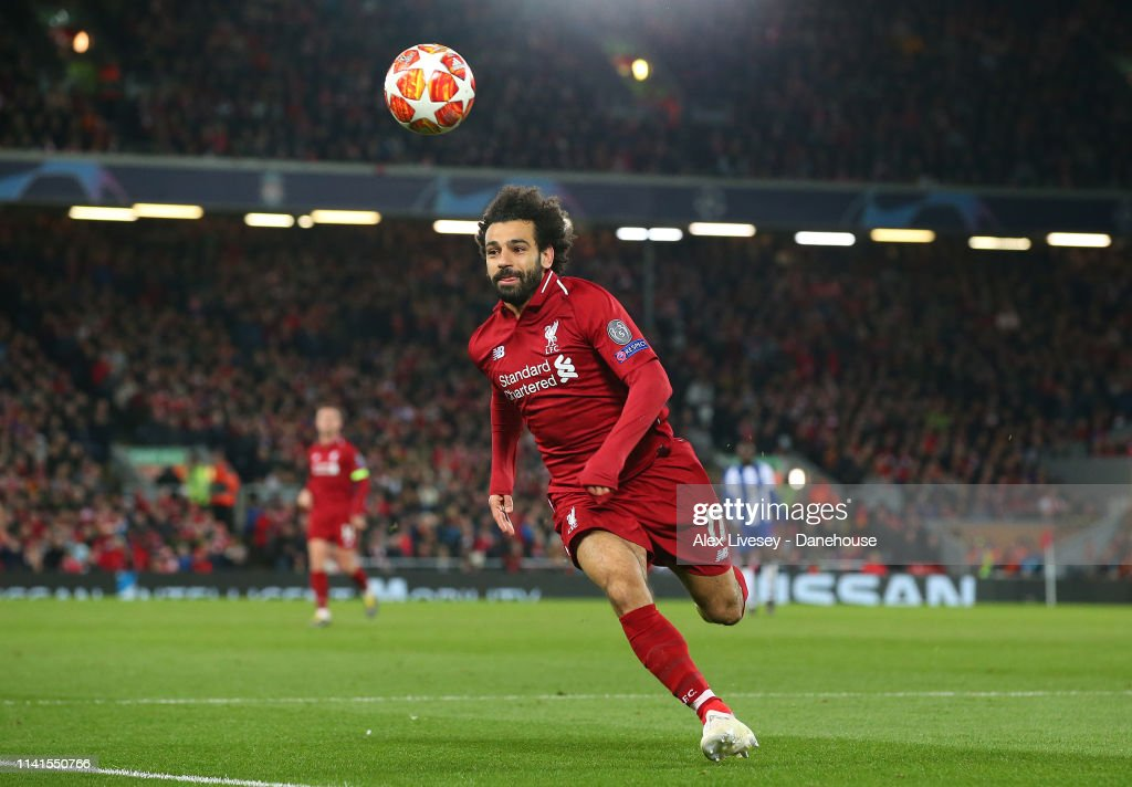 Liverpool v Porto - UEFA Champions League Quarter Final: First Leg : Nachrichtenfoto
