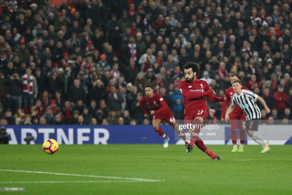 Liverpool FC v Newcastle United - Premier League : News Photo