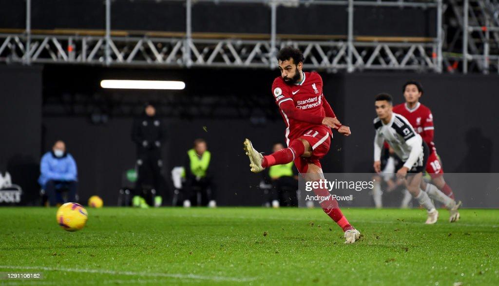 Fulham v Liverpool - Premier League : Fotografía de noticias