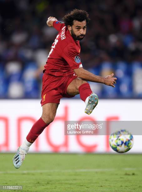 Mohamed Salah of Liverpool shoots at goal during the UEFA Champions League group E match between SSC Napoli and Liverpool FC at Stadio San Paolo on...