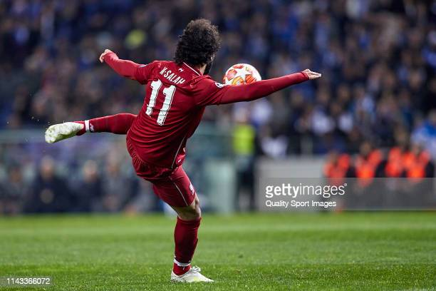 Mohamed Salah of Liverpool shoots on goal during the UEFA Champions League Quarter Final second leg match between Porto and Liverpool at Estadio do...