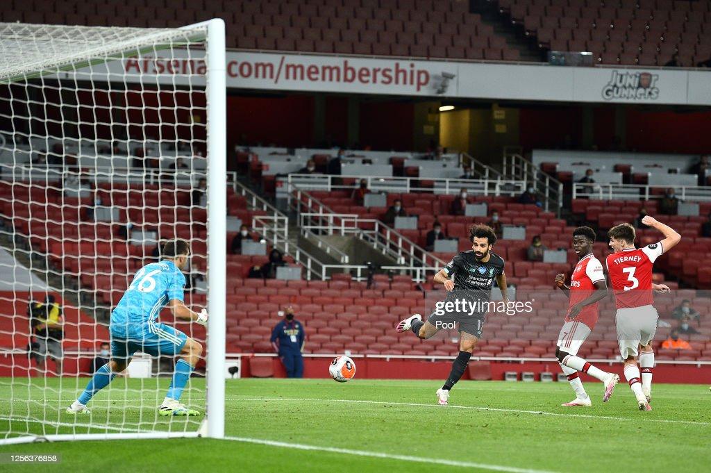 Arsenal FC v Liverpool FC - Premier League : Fotografía de noticias