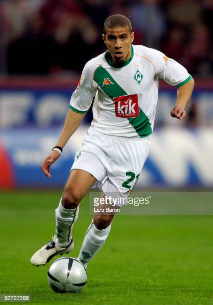 Mohamed Zidan of Bremen runs with the Ball during the Bundesliga match between Bayer Leverkusen and Werder Bremen at the BayArena on April 24 2005 in...