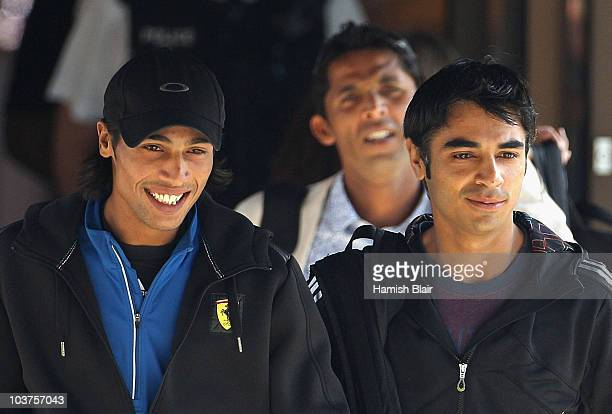 Mohammad Aamer Salman Butt and Mohammad Asif leave the Holiday Inn to board a taxi on September 1 2010 in Taunton England The Pakistan Cricket team...