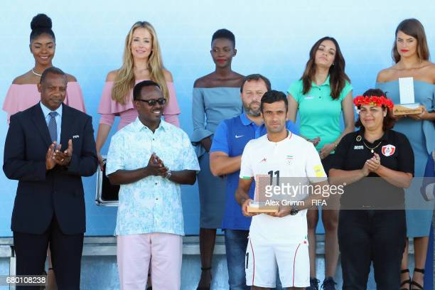 Mohammad Ahmadzadeh of Iran poses with the adidas Golden Boot award after the FIFA Beach Soccer World Cup Bahamas 2017 final between Tahiti and...