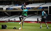 london england mohammad amir pakistan bowls