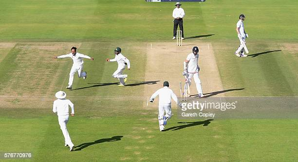 Mohammad Amir of Pakistan celebrates bowling Stuart Broad of England during day four of the 1st Investec Test between England and Pakistan at Lord's...