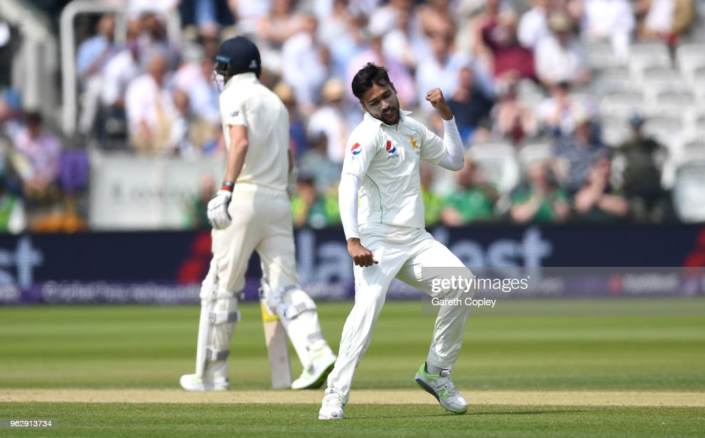Mohammad Amir of Pakistan celebrates dismissing Dominic Bess of England during day four of the 1st NatWest Test match at Lord's Cricket Ground on May 27, 2018 in London, England.