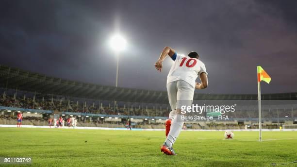 Mohammad Ghobeishavi of Iran takes a corner during the FIFA U17 World Cup India 2017 group C match between Costa Rica and Iran at Pandit Jawaharlal...