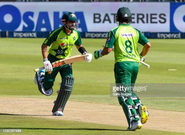 Mohammad Hafeez and Barbar Azam of Pakistan in partnership during the 2nd KFC T20 International match between South Africa and Pakistan at Imperial...