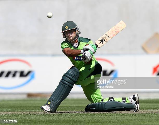 Mohammad Hafeez of Pakistan bats during game three of the One Day International series between New Zealand and Pakistan at AMI Stadium on January 29...