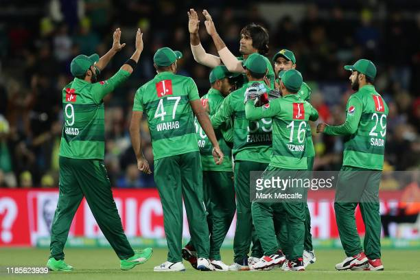 Mohammad Irfan of Pakistan celebrates taking the wicket of Aaron Finch of Australia during game two of the International Twenty20 series between...