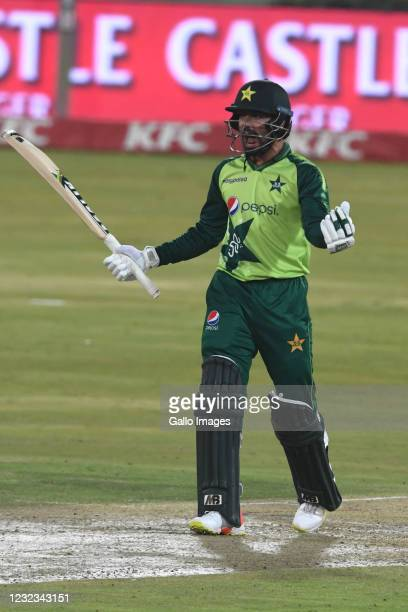 Mohammad Nawaz of Pakistan celebrates during the 4th KFC T20 International match between South Africa and Pakistan at SuperSport Park on April 16,...