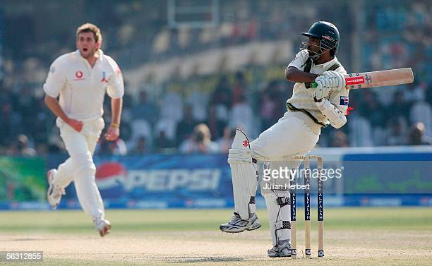 Mohammad Yousuf of Pakistan scores off the bowling of Liam Plunkett during the third Day of the Third and Final Test Match between Pakistan and...