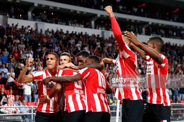 Mohammed Ihattaren of PSV celebrates 10 with Donyell Malen of PSV Steven Bergwijn of PSV Cody Gakpo of PSV Olivier Boscagli of PSV Denzel Dumfries of...