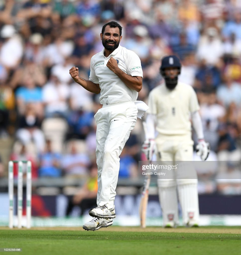 GBR: England v India: Specsavers 4th Test - Day One
