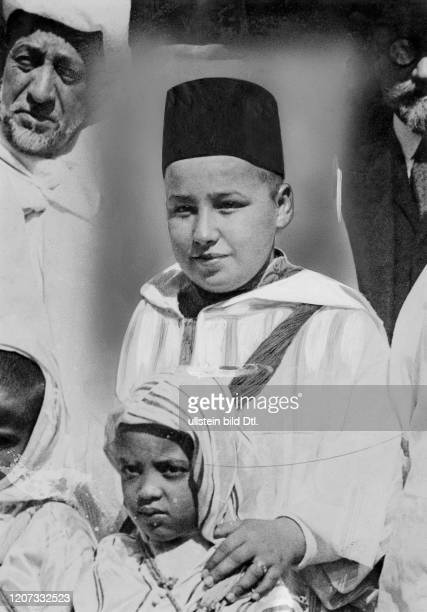 Mohammed V., * - +, son of the late Sultan Mulai Yusuf, from 1927 Sultan and from 1957 King of Morocco - Vintage property of ullstein bild Published...
