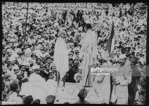 Mohandas Gandhi with Abdul Ghaffar Khan at Peshawar
