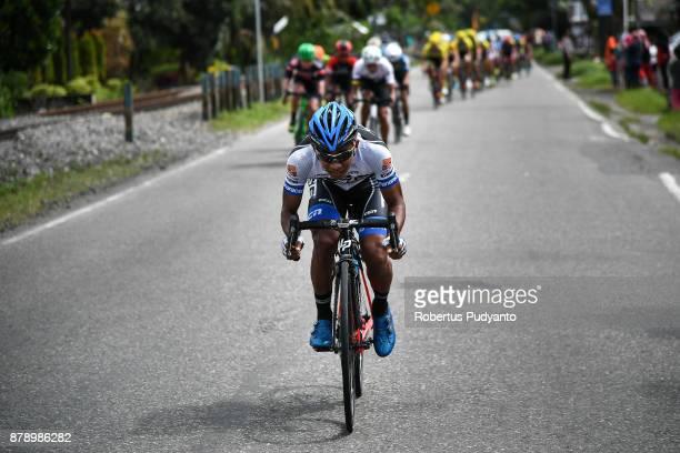 Mohd Shahrul Mat Amin of TSG Terengganu Cycling Team Malaysia competes during stage 8 of the Tour de Singkarak 2017 Padang PariamanAgam 1352 km on...