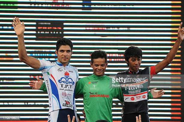 CONTENT] Mohd Zamri Saleh successfully defending Tour de Singkarak 2013 green jersey until the last stage 7 follow by Jerry Aquino as runner up and...