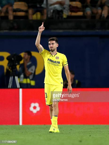 Moi Gomez celebrates after scoring his sides second goal during the Liga match between Villarreal CF and Real Madrid CF at Estadio de la Ceramica on...