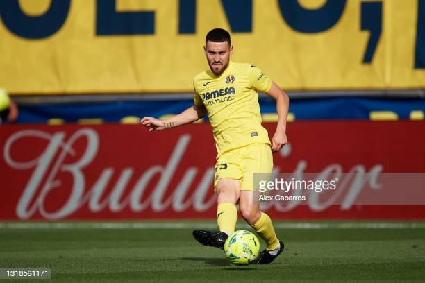 Moi Gomez of Villarreal CF plays the ball during the La Liga Santander match between Villarreal CF and Sevilla FC at Estadio de la Ceramica on May...