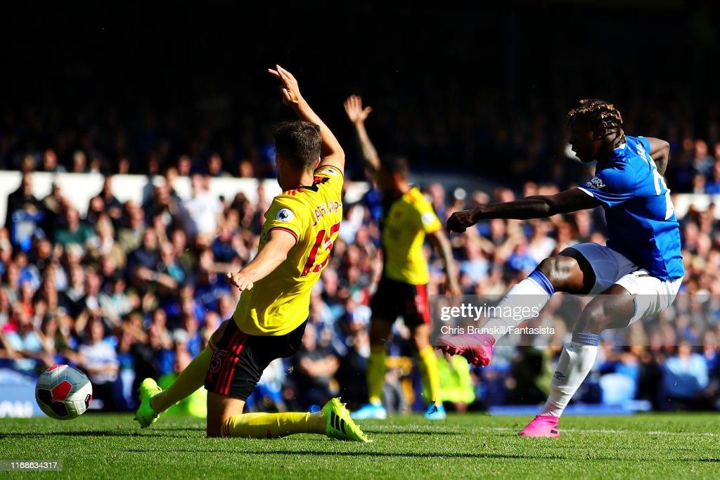 Everton FC v Watford FC - Premier League : Nieuwsfoto's