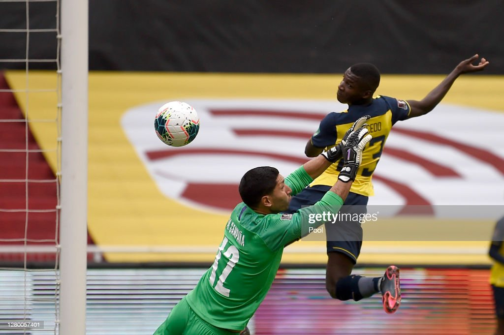 Ecuador v Uruguay - South American Qualifiers for Qatar 2022 : ニュース写真