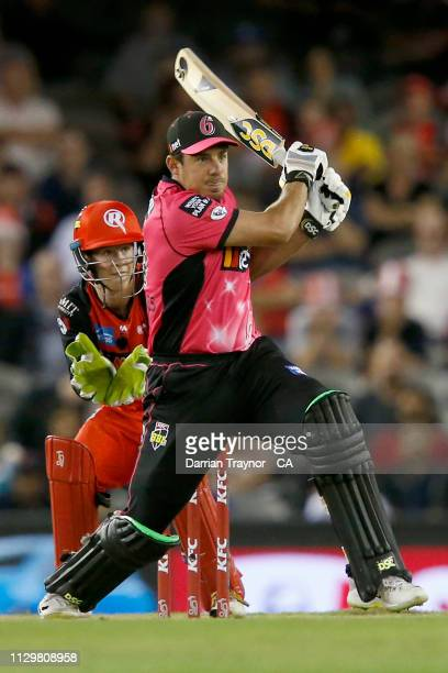 Moises Henriques of the Sydney Sixers bats during the Big Bash League semi final between the Melbourne Renegades v Sydney Sixers at Marvel Stadium on...