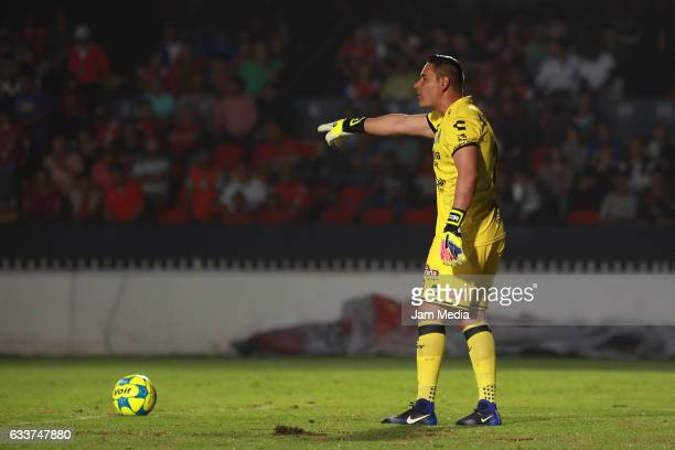 Moises Munoz goalkeeper of Chiapas gestures during the 5th round match between Veracruz and Chiapas as part of the Torneo Clausura 2017 Liga MX at...
