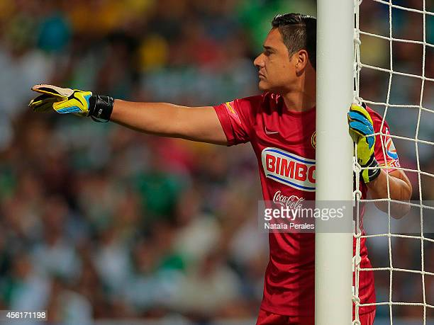 Moises Muñoz points his teammates during a match between Santos Laguna and America as part of 10th round Apertura 2014 Liga MX at Corona Stadium on...