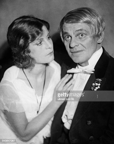 Moissi Alexander Actor Austria*02041879with actress Ruth Albu in a play 'The Idiot' by Fyodor Dostoevsky directed by Wladimir Sokoloff at the...