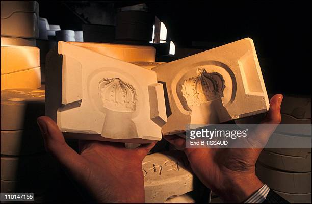 Mold of a royal crown in the hands of Alexandra de Saxe in Dresden Germany on March 01 1991