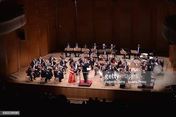 Chamber orchestra of europe perform in bologna photos and for Chamber orchestra of europe
