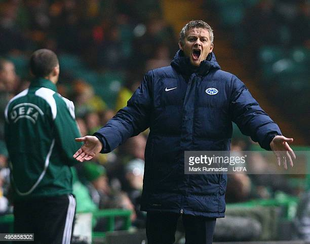 Molde manger Ole Gunnar Solskjaer reacts on the side line during the UEFA Europa League match between Celtic and Molde on November 5 2015 in Glasgow...
