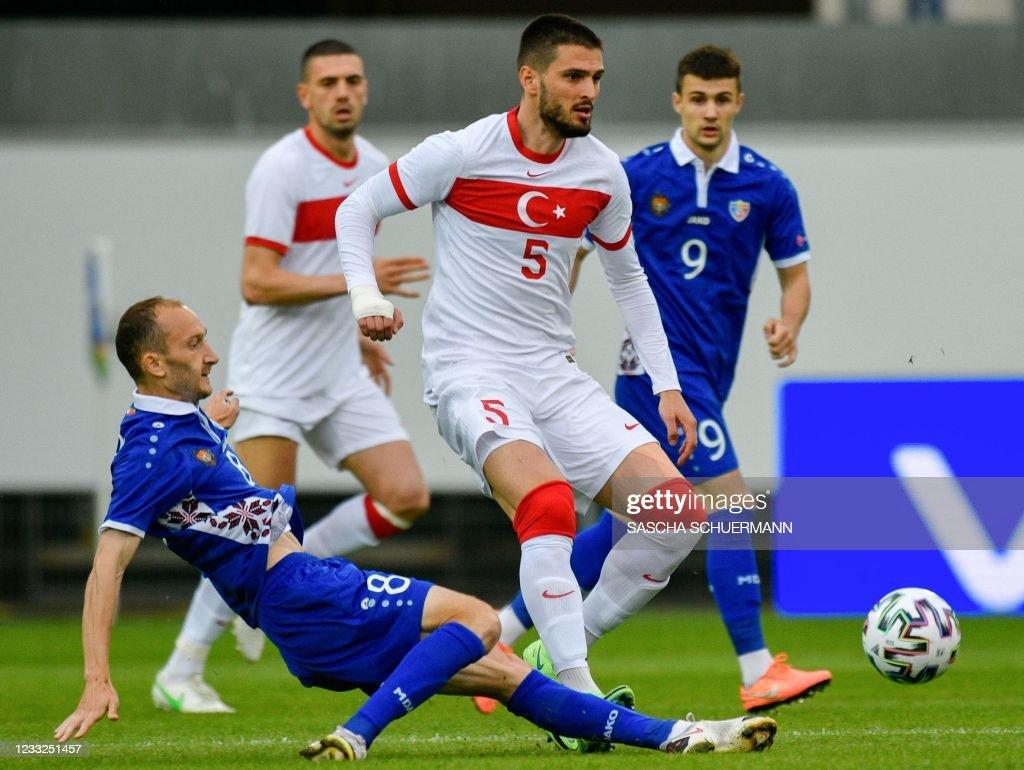 FBL-EURO-2020-2021-FRIENDLY-TUR-MDA : Nieuwsfoto's