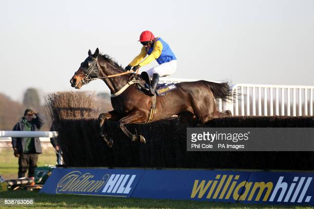 Moleskin ridden by jockey Paul Moloney in action during the williamhillcom Novices' Handicap Chase