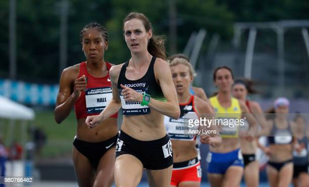 Molly Huddle runs to victory in the Women's 10,000 Meter at the 2018 USATF Outdoor Championships at Drake Stadium on June 21, 2018 in Des Moines,...
