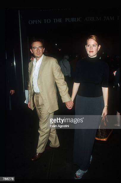 Molly Ringwald and her husband attend the premiere of Guinevere September 7 1999 in New York City The movie directed by Audrey Wells was about a...