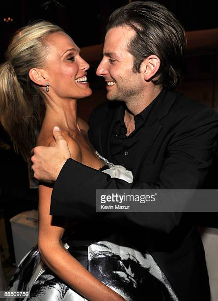 Molly Sims and Bradley Cooper attends the 2009 CFDA Fashion Awards at Alice Tully Hall Lincoln Center on June 15 2009 in New York City