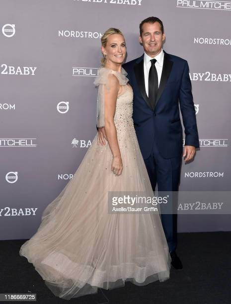Molly Sims and Scott Stuber attend the 2019 Baby2Baby Gala Presented By Paul Mitchell at 3LABS on November 09 2019 in Culver City California