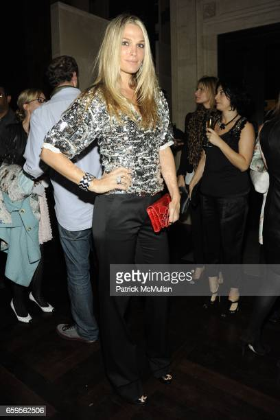 Molly Sims attends Gwyneth Paltrow and VBH's Bruce Hoeksema Host Cocktail Party for Valentino The Last Emperor at VBH on October 27 2009 in New York...