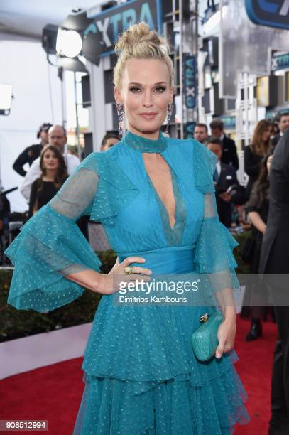 Molly Sims attends the 24th Annual Screen Actors Guild Awards at The Shrine Auditorium on January 21 2018 in Los Angeles California 27522_009