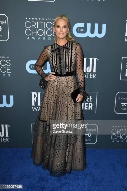 Molly Sims attends the 25th Annual Critics' Choice Awards at Barker Hangar on January 12, 2020 in Santa Monica, California.