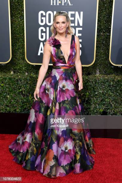 Molly Sims attends the 76th Annual Golden Globe Awards at The Beverly Hilton Hotel on January 6 2019 in Beverly Hills California