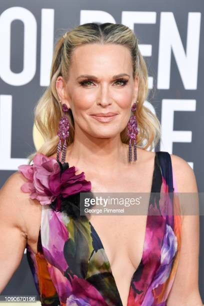 Molly Sims attends the 76th Annual Golden Globe Awards held at The Beverly Hilton Hotel on January 06 2019 in Beverly Hills California