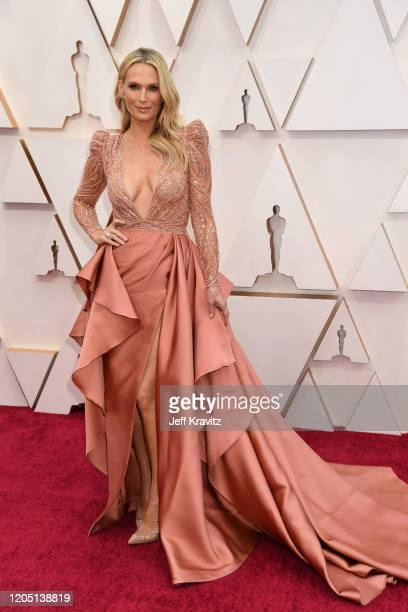 Molly Sims attends the 92nd Annual Academy Awards at Hollywood and Highland on February 09 2020 in Hollywood California