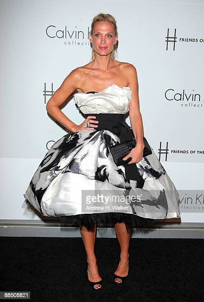 Molly Sims attends The High Line's Opening Summer Benefit presented by Calvin Klein Collection at High Line Park on June 15 2009 in New York City